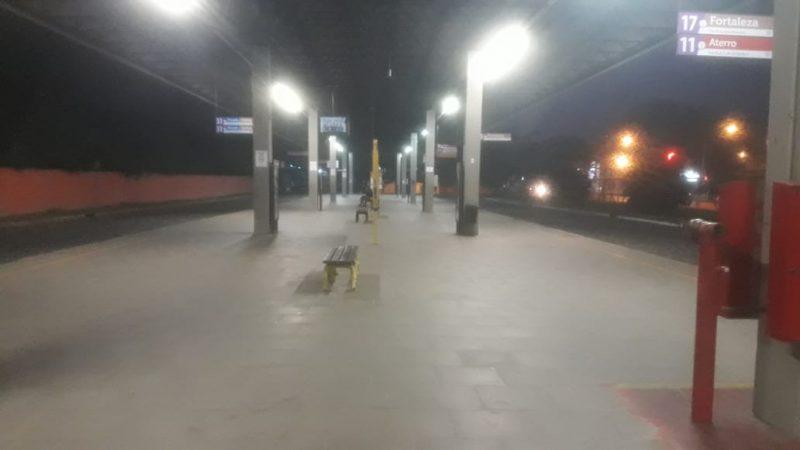 Trabalhadores do transporte coletivo paralisaram os serviços na manhã desta sexta, em Blumenau - Wellington Civiero/RICTV