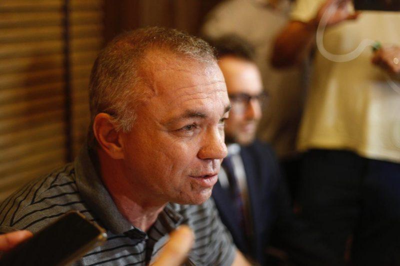 Gean Loureiro concedeu entrevista tão logo deixou a sede da Polícia Federal – Flávio Tin/ND