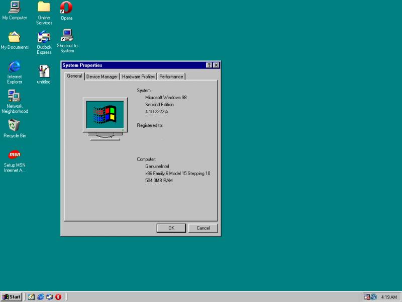 Windows 98 – Junho de 1998: Primeira versão do Windows voltada especificamente para o consumidor final, o sistema introduziu o recurso de avançar e voltar na navegação, além de trazer novidades como o gerenciador de e-mails Outlook Express. Aqui, também surgiu o suporte para leitura de DVDs e dispositivos USB. - Crédito: jeremy89632 via Visualhunt.com / CC BY-NC-SA/33Giga/ND