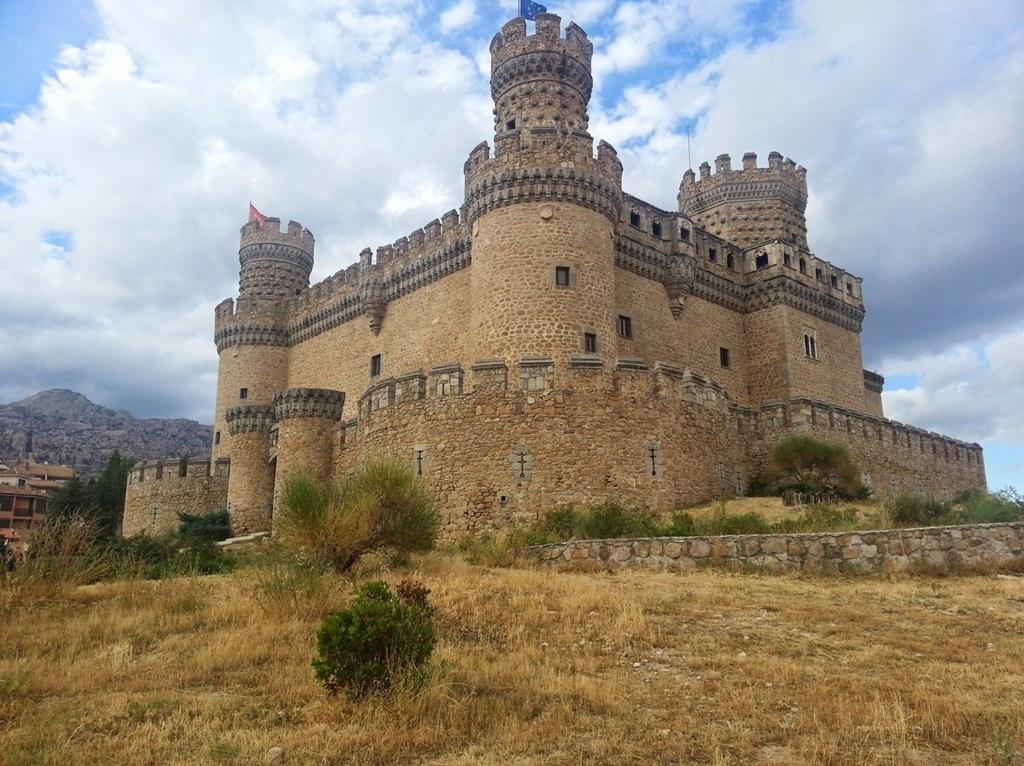 Castelo Novo de Manzanares El Real, Madri, Espanha - Visualhunt.com - Visualhunt.com/Rota de Férias/ND
