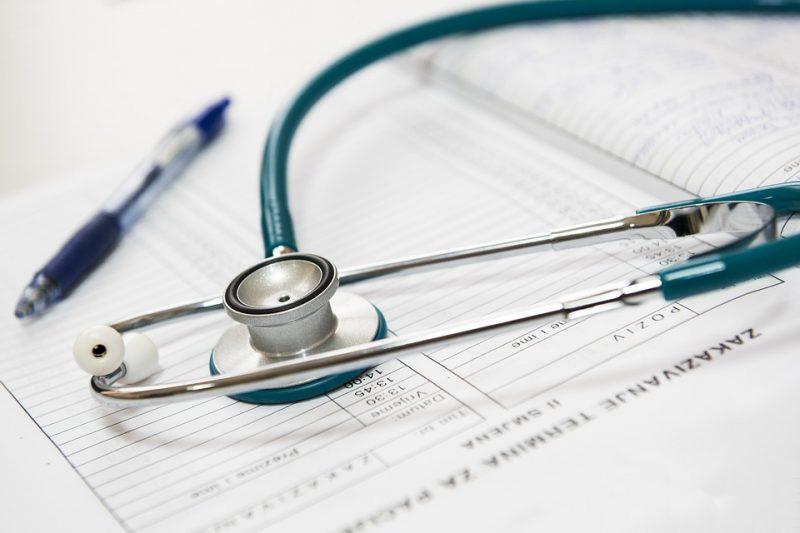 Projeto incentiva o atendimento de consultas médicas e odontológicas, coleta de exames laboratoriais, aplicação de vacinas e pré-natal em horário extendido – Pixabay/Reprodução/ND