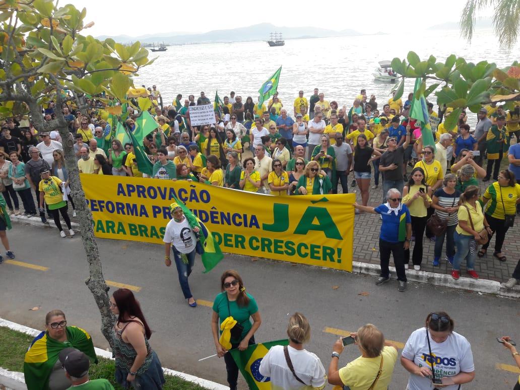 Manifestação em Florianópolis - RICTV