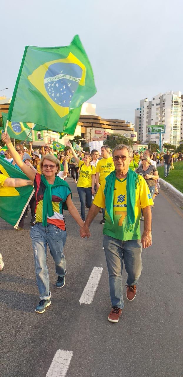Manifestação em Florianópolis - Cristiano Dalcin/ND