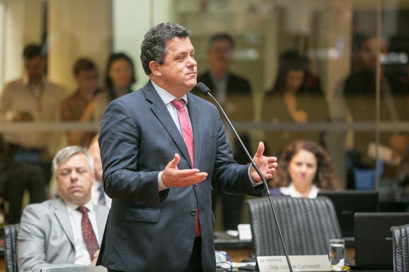 Ivan Naatz protestou sobre a reunião do PL – Foto: Rodolfo Espínola/Agência AL/ND