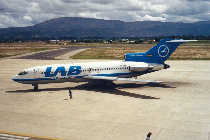 Lloyd Aereo Boliviano (LAB): fundada em 1925, foi uma das pioneiras do continente. A Vasp comprou a companhia em 1995, e passou a ampliar os voos internacionais da empresa boliviana. Porém, após o fechamento da Vasp, a LAB encerrou suas operações em 2007 - M. Oertle on VisualHunt.com / CC BY - M. Oertle on VisualHunt.com / CC BY /Garagem 360/ND