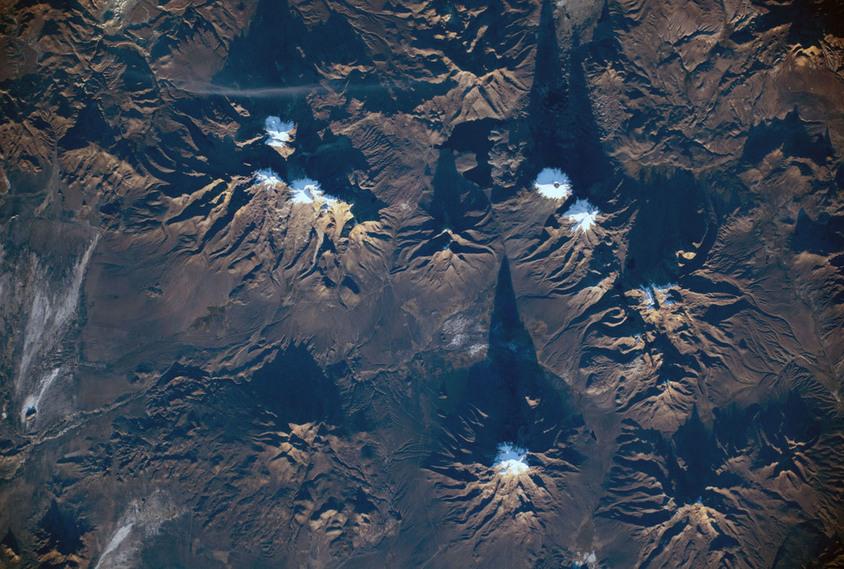 Vulcões no Parque Nacional Sajama e na Área Natural de Gestão Integrada, na Bolívia - (NASA)/33Giga/ND