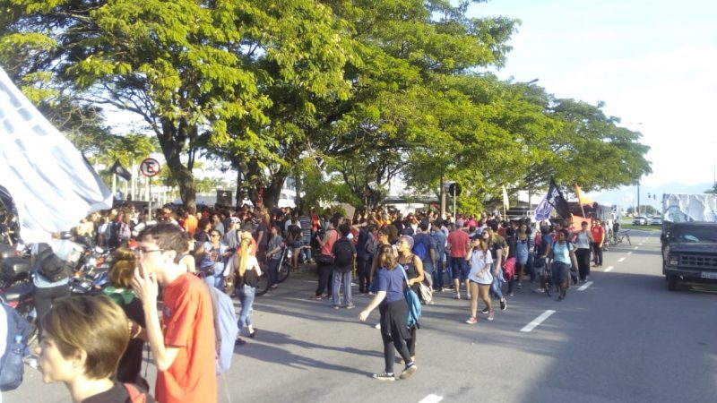 Manifestantes concentrados na Região Central da Capital - Felipe Bottamedi / ND