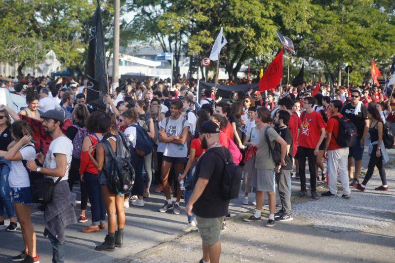 Manifestantes concentrados na Região Central da Capital - protesto 4
