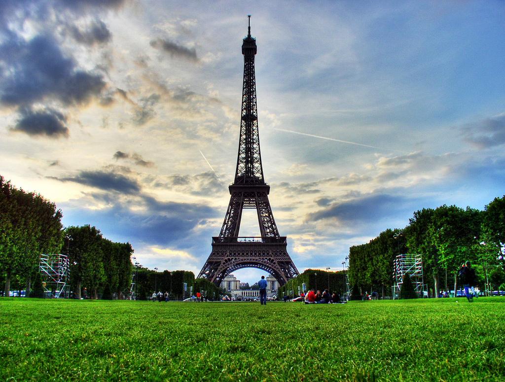 60 maravilhas do mundo para conhecer - Torre Eiffel, França - alfieianni.com on Visual hunt / CC BY - alfieianni.com on Visual hunt / CC BY/Rota de Férias/ND