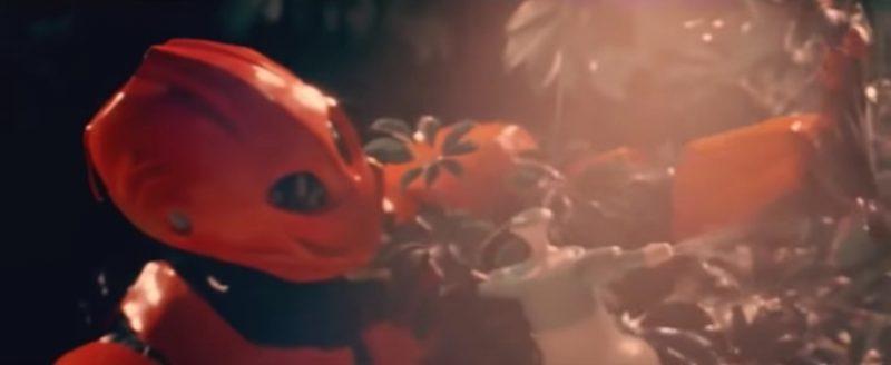 The Girl and the Robot – Röyksopp feat. Robyn (2009): http://bit.ly/2J5EB6x - Crédito: Reprodução YouTube/33Giga/ND