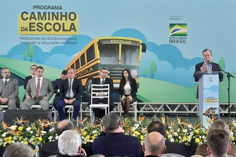 Deputado Rogério Peninha Mendonça, coordenador da Frente Parlamentar, discursa - Altair Magagnin/ND