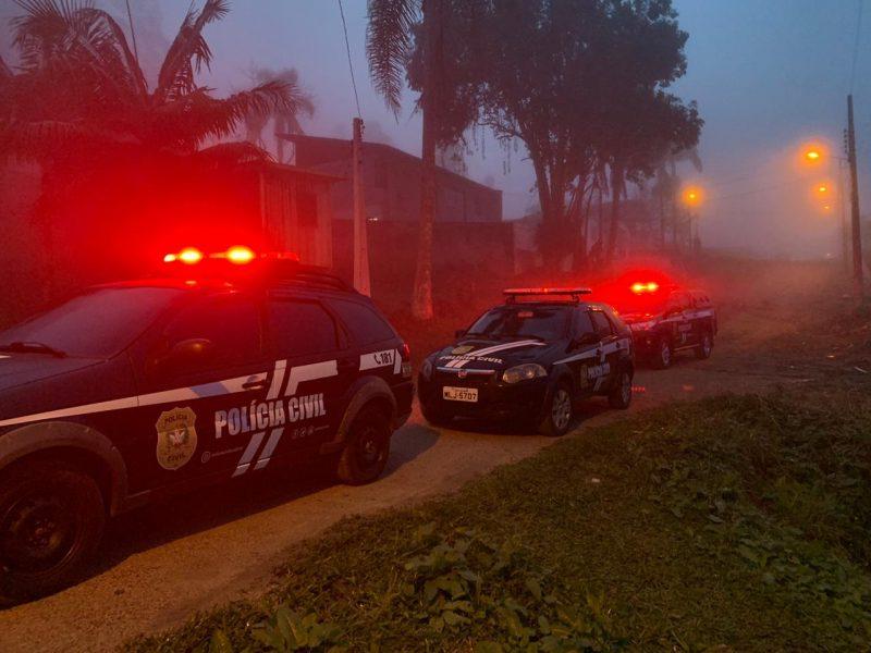 Operação cumpre mandados nos bairros Sumaré, Içarense, Centro, Amaral I e Distrito de Guatá – Polícia Civil/Divulgação