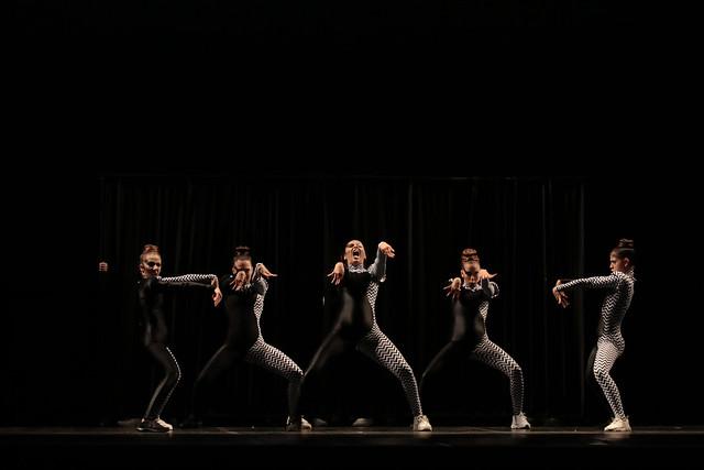 """""""Anamorfótica"""", Cia Sigma Sheng: 3º Lugar Danças Urbanas l Conjunto l Júnior - Maykon Lammerhirt / Festival de Dança / Dilvugação"""
