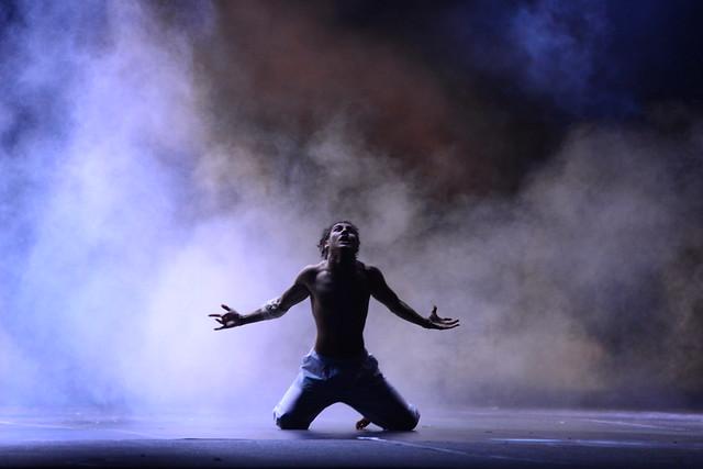 """""""O Todo é Irreal"""", Kulture Kaos: 1º Lugar Danças Urbanas l Solo Masculino l Sênior - Nilson Bastian / Festival de Dança / Divulgação"""