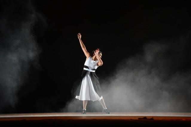 """""""Eu e Ela"""", Grupo Corpus: 1º Lugar Sapateado l Solo Feminino l Sênior - Nilson Bastian / Festival de Dança / Divulgação"""