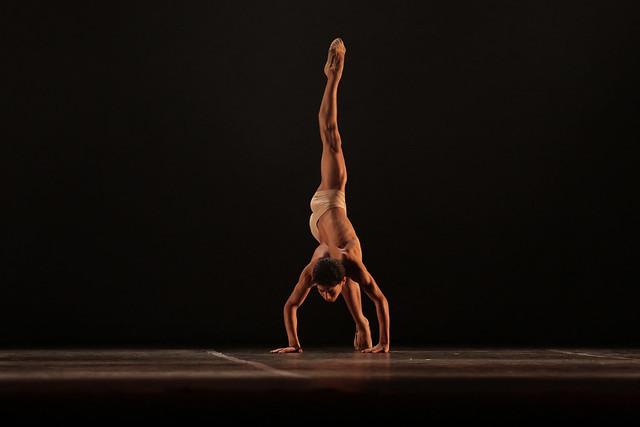 """Darwin"", Balé Jovem de São Vicente: 2º Lugar Balé Neoclássico l Solo Masculino l Júnior - MAYKON LAMMERHIRT/ND"