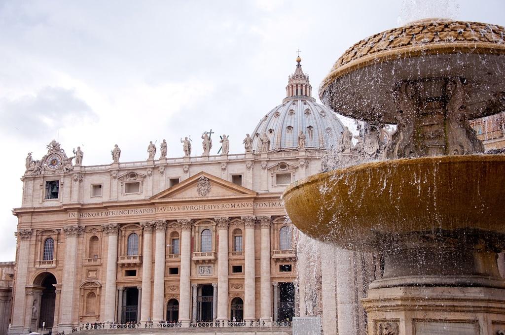 3- Basílica de São Pedro - Roma, Itália - a href=