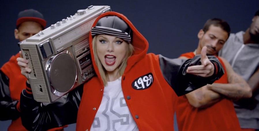 "10. Taylor Swift – Shake It Off (<a href=""http://bit.ly/2HfhZjX"">http://bit.ly/2HfhZjX</a>): 2,75 bilhões de visualizações - Crédito: Reprodução YouTube/33Giga/ND"