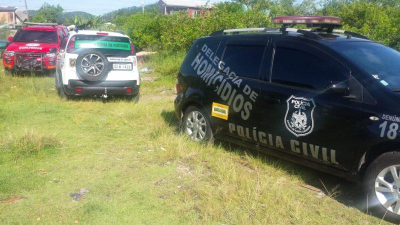 Polícia Civil vai até comunidade do Papaquara, no Norte da Ilha, para recolher corpo – Polícia Civil/Divulgação/ND