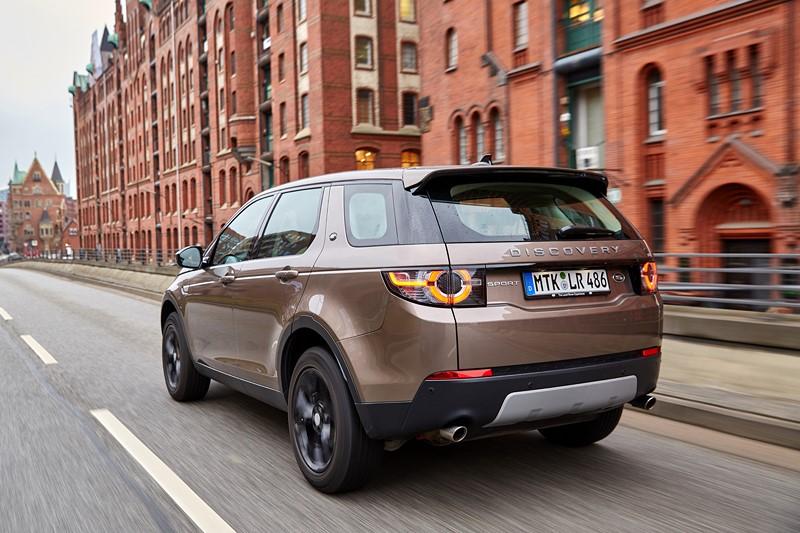 7- Land Rover Discovery Sport 2.0 Flex - 240 cv - Foto: Divulgação - Foto: Divulgação/Garagem 360/ND