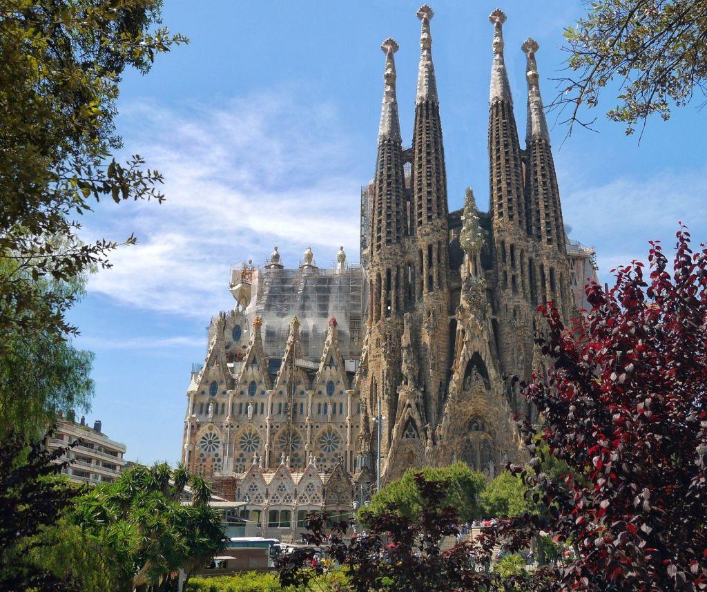 Sagrada Família, Espanha - Visual hunt - Visual hunt/Rota de Férias/ND
