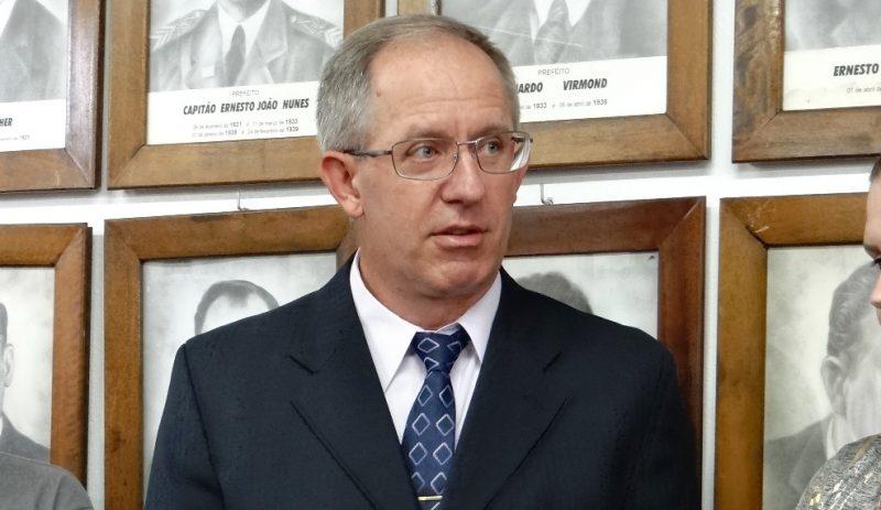 Dreveck é suspeito de cobrar parte do salário de servidores comissionados – Divulgação/ND