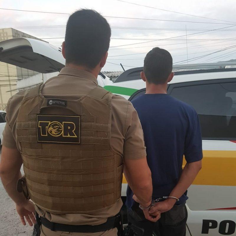 Homem foi preso na rodovia SC-281, em São José – Divulgação/PMRv