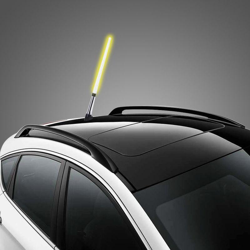 Além de deixar o veículo com uma espécie de sabre de luz em miniatura, não tem utilidade alguma - Foto: Reprodução/AliExpress - Foto: Reprodução/AliExpress/Garagem 360/ND