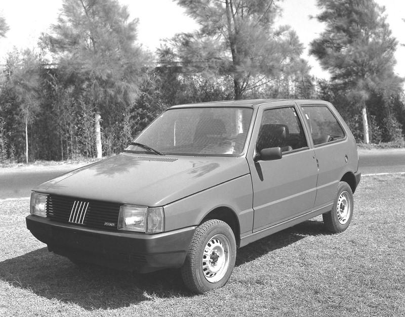 Fiat Uno (1984) - Foto: Divulgação - Foto: Divulgação/Garagem 360/ND