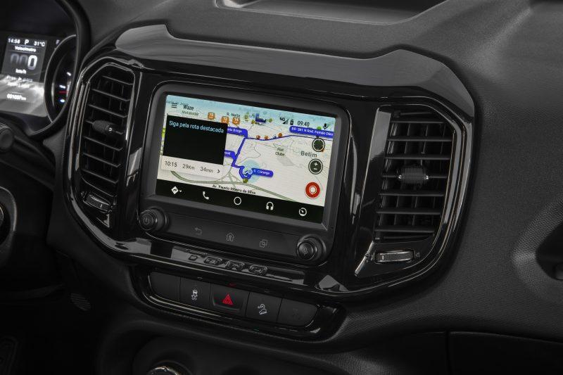 Tela de sete polegadas (touch screen) opera com Android Auto para pareamento com celulares. Foto: Divulgação/ND