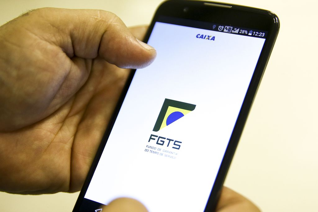 FGTS - O cronograma de pagamento está dividido em dois calendários: para quem possui conta poupança na Caixa e outro para recebimento em outros canais de atendimento, de acordo com os calendários - Marcelo Camargo/Agência Brasil/Divulgação/NDD
