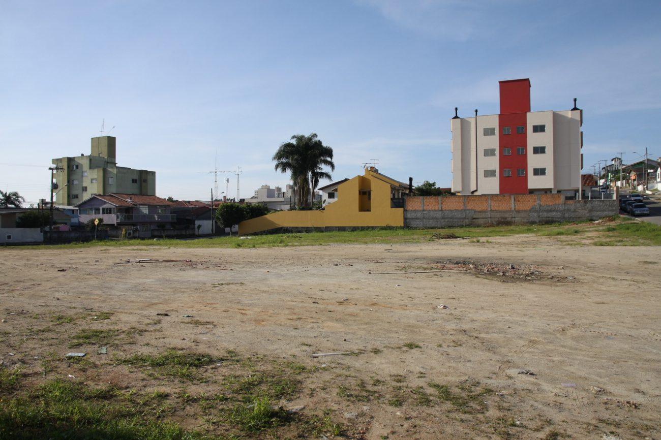 O bairro Ipiranga ganhará uma completa área de esporte e lazer, em um parque localizado entre as ruas Francisco Nappi e Valdemar Rufino da Silva - Divulgação Prefeitura de São José