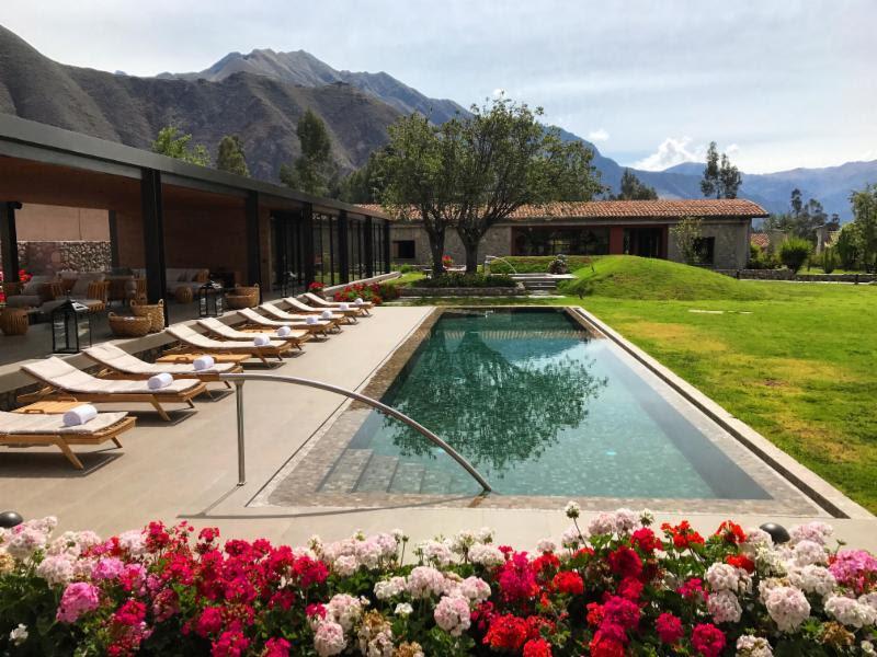 A piscina do hotel Sol y Luna é puro charme. Ela fica no meio do Vale Sagrado, no Peru - Divulgação - Divulgação/Rota de Férias/ND