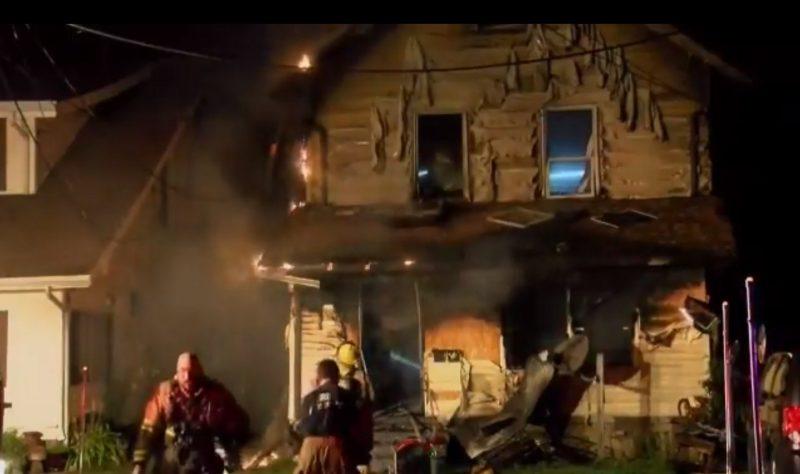 Incêndio aconteceu de madrugada e vitimou quatro crianças – ABC News/Reprodução