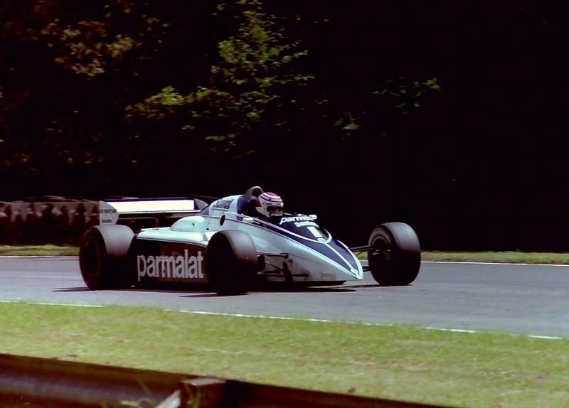 Alan Jones e Nelson Piquet: durante a largada do GP do Canadá de 1980, Jones acertou propositalmente sua Williams na Brabham de Nelson Piquet. O brasileiro rodou e colidiu com outros carros. Jones seguiu na prova, venceu a corrida e se sagrou campeão do mundo. A batida pode ser vista aqui: https://is.gd/my6RgG - Foto: Karting Nord on VisualHunt.com / CC BY-SA - Foto: Karting Nord on VisualHunt.com / CC BY-SA/Garagem 360/ND