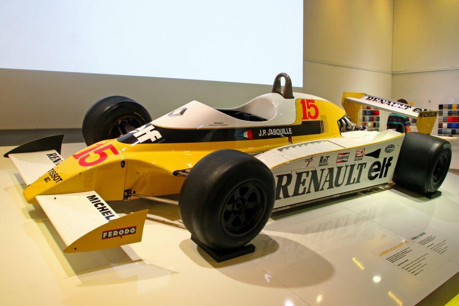 Renault RS10: em 1979, a Renault entrou pela primeira vez na F1; embora nunca tenha sido campeã do mundo, a máquina foi a responsável por inaugurar a primeira era turbo da categoria, que durou até 1988 - Foto: bibendum84 via Visual Hunt / CC BY-SA - Foto: bibendum84 via Visual Hunt / CC BY-SA/Garagem 360/ND