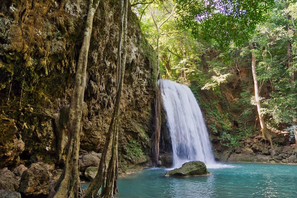 Parque Nacional das Cataratas do Erawan, Tailândia - UweBKK (α 77 on ) on VisualHunt.com / CC BY-NC-SA - UweBKK (α 77 on ) on VisualHunt.com / CC BY-NC-SA /Rota de Férias/ND