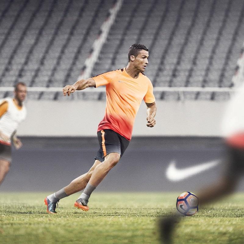 6. Cristiano Ronaldo (http://twitter.com/cristiano) – 79,2 milhões de seguidores - Crédito: Reprodução Twitter/33Giga/ND