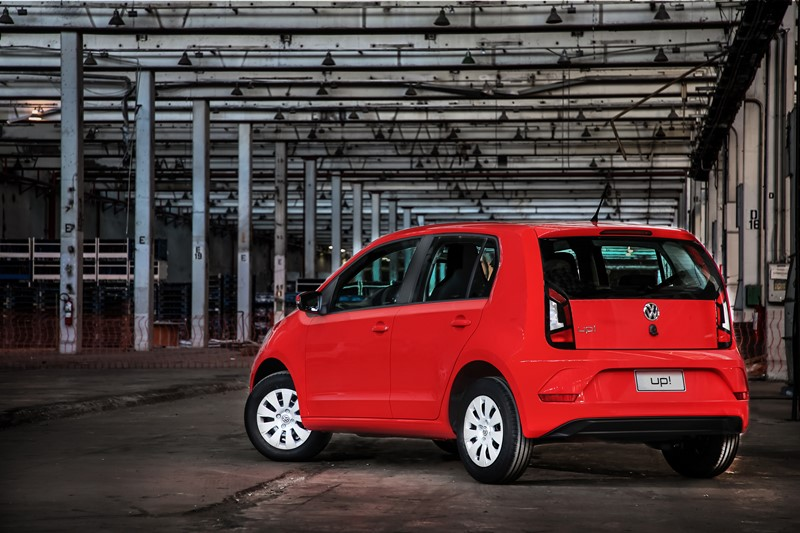Volkswagen Up: a versão aspirada do motor de três cilindros do hatch também merece destaque, rendendo 82 cv de potência e 10,4 kgfm de torque com etanol no tanque - Foto: Divulgação - Foto: Divulgação/Garagem 360/ND
