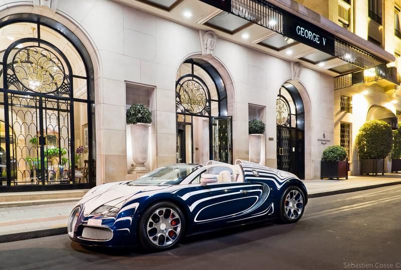 Nesse caso, a customização foi de fábrica. O Bugatti Veyron L'Or Blanc tinha acabamento externo e interno em porcelana - Foto: Sebastien Cosse via Visualhunt.com / CC BY-NC-ND - Foto: Sebastien Cosse via Visualhunt.com / CC BY-NC-ND/Garagem 360/ND