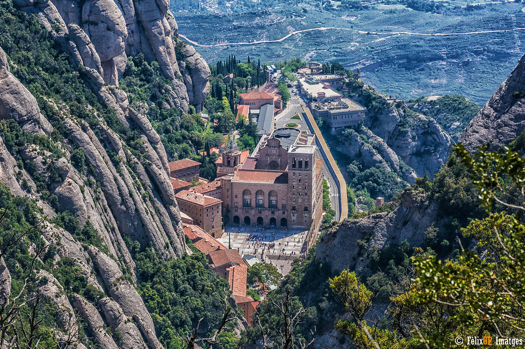 Montserrat - Fèlix González on Visual hunt / CC BY-NC-ND - Fèlix González on Visual hunt / CC BY-NC-ND /Rota de Férias/ND