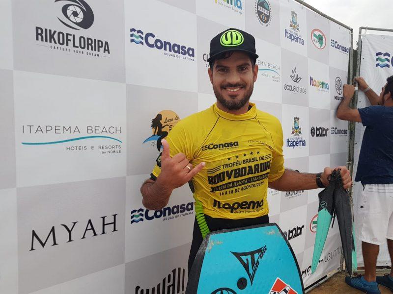 Uri Valadão venceu a categoria profissional masculino. Foto: Divulgação/Riko Floripa/ND