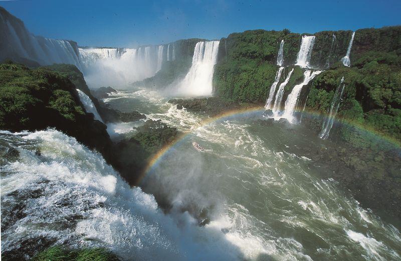 Graças às famosas cataratas, a cidade de Foz do Iguaçu (PR) é uma das mais procuradas pelos gringos - Divulgação/Secretaria do Turismo de Foz do Iguaçu - Divulgação/Secretaria do Turismo de Foz do Iguaçu/Rota de Férias/ND
