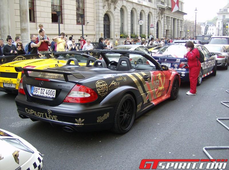 No caso dessa Mercedes-AMG CLK, o amor pela União Soviética fica destacado na lateral do carro - Foto: daveoflogic via VisualHunt.com / CC BY-ND - Foto: daveoflogic via VisualHunt.com / CC BY-ND/Garagem 360/ND