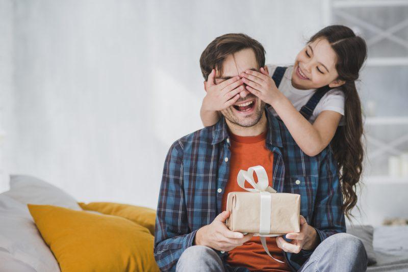 Há inúmeros tipos de pai e o presente certo para cada um – Divulgação/ND