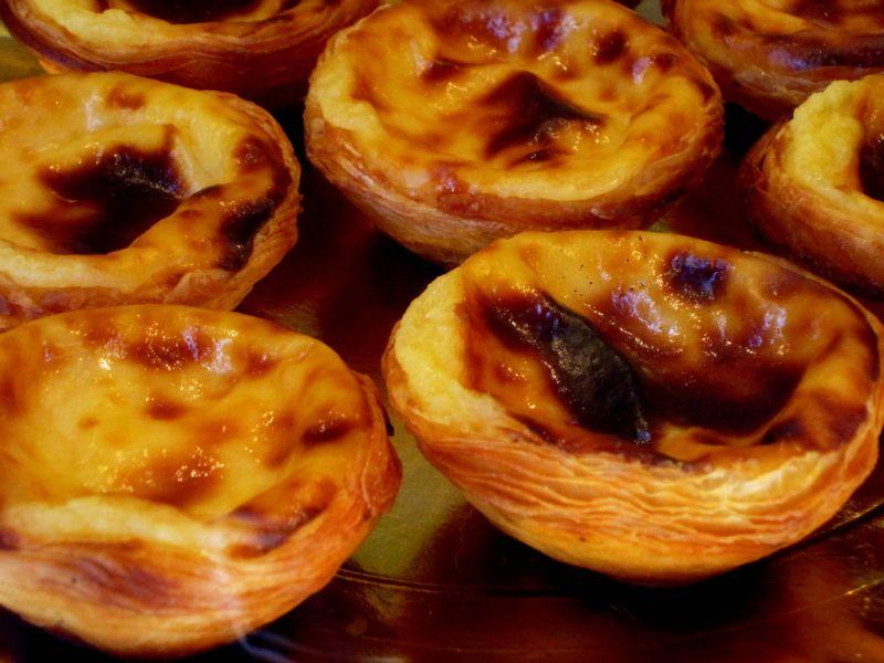 O pastel de nata é uma das grandes estrelas do bairro do Belém, em Lisboa, Portugal. No Brasil, ele é mais conhecido como pastelzinho de Belém - Grey cells via Visualhunt / CC BY-NC - Grey cells via Visualhunt / CC BY-NC/Rota de Férias/ND