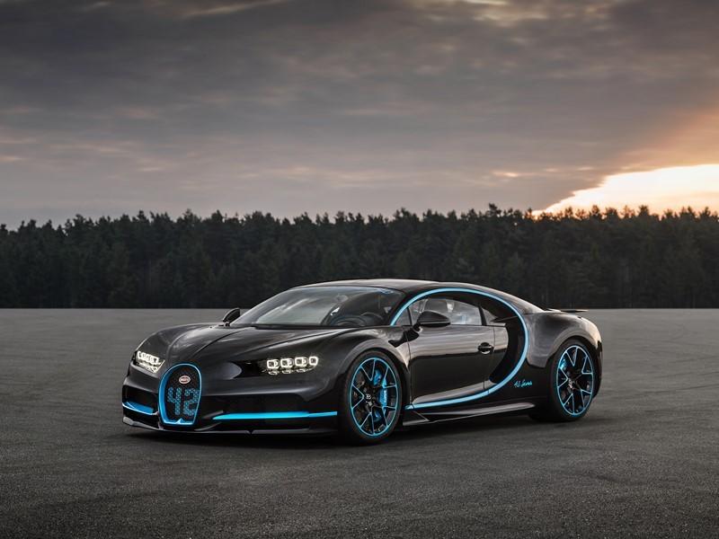 Apesar de não ser tão casca-grossa quanto os outros modelos da lista, o Bugatti Chiron é o carro ideal para deixar os zumbis comendo poeira. O modelo chega a 400 km/h em apenas 42 segundos - Foto: Divulgação - Foto: Divulgação/Garagem 360/ND