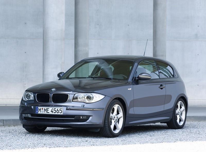 BMW Série 1: a primeira geração, lançada em 2004, tinha um design muito bem resolvido e que marcou os fãs da marca - Foto: Divulgação - Foto: Divulgação/Garagem 360/ND