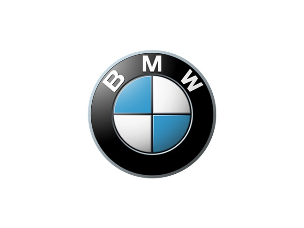 Apesar de muitos acharem que o símbolo da BMW significa duas hélices sobre um céu azul, a verdade é que se trata da junção do logo da Rapp Motorenwerke (empresa que fabricava aviões) com a bandeira da Bavária - Divulgação - Divulgação/Garagem 360/ND