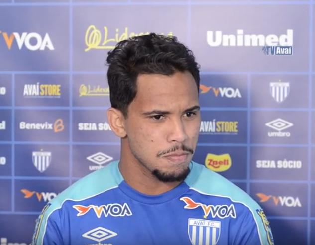 Lourenço acredita que Avaí pode alcançar a primeira vitória pelo desempenho apresentado pela equipe nos últimos jogos – Reprodução/Youtube